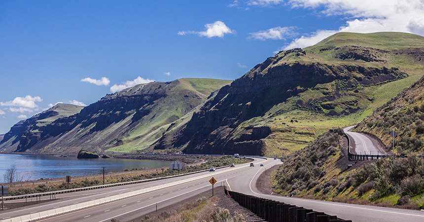 The columbia river gorge on a sunny day